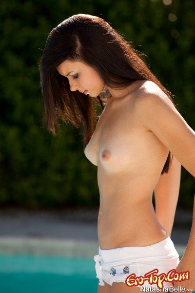 Красотка Natasha Belle