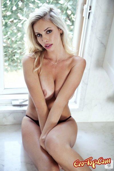 Devin Justine с большой грудью  Эротика. Смотреть фото красивых голых девушек бесплатно