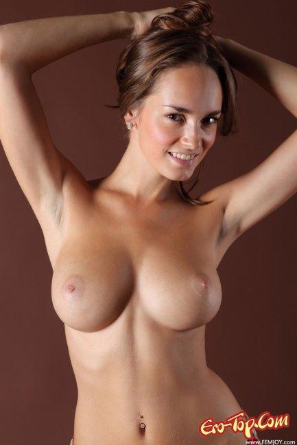 Красивые    Эротика. Смотреть фото красивых голых девушек бесплатно